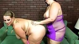 2 BBW Lesbian Girls Phoenixxx and Delicious