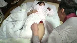 A chubby wife Tomomi