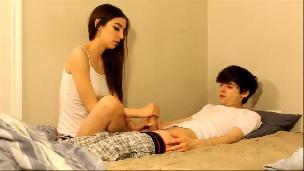 Brunette Teen Fucking Her Roommate [Phica.net]