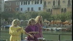 Residence (1986)