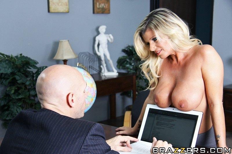[Big Tits At Work] - Kristal Summers - Downsizing - Big Tits At Work #Brazzers #Milf #Blonde #BigTits #BigAss