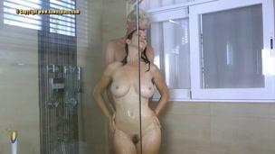 shower fucking.